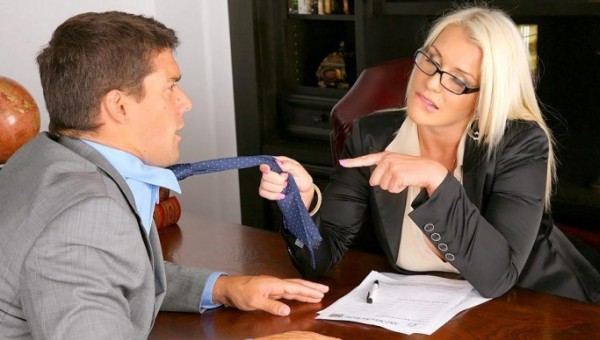 Full-bosomed office lady Sadie Swede gives a blowjob and gets shagged  222050